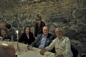 Föreningens sekreterare Anna Öjdemark, klubbmästaren Lotta Borg, Sture Hartzell och ordföranden Håkan Wasén såg nöjda ut efter lunchen i Sidenkällaren.